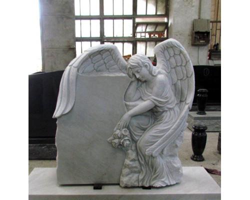 Гранитный памятник с Ангелом sp01609