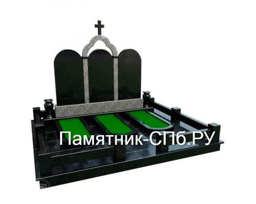 Мемориальный комплекс на могилу №26
