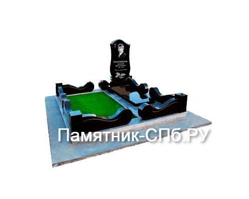 Мемориальный комплекс на могилу №28