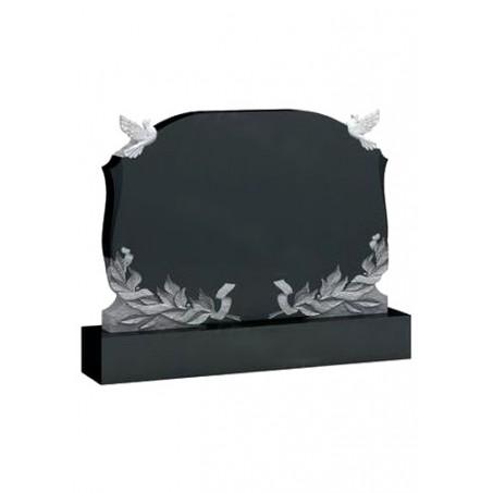 Семейный горизонтальный памятник на могилу с голубями