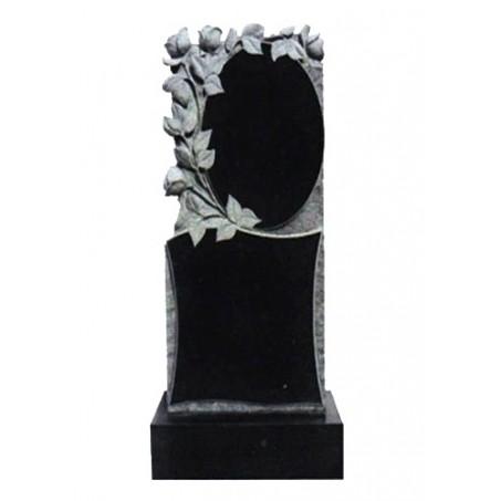 Памятник вертикальный с розами